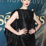 Les Miserables NY Premiere - Anne Hathaway 2