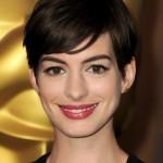 Les Miz Oscar luncheon Anne Hathaway 3