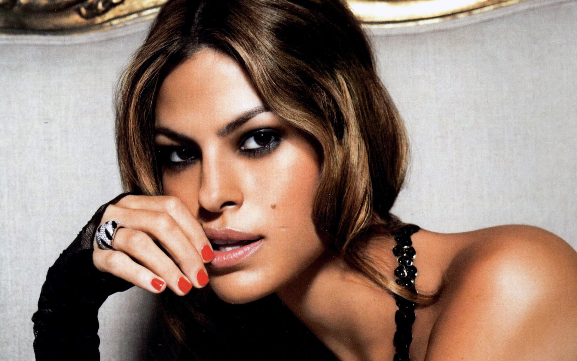 Eva Mendes Talks The P...