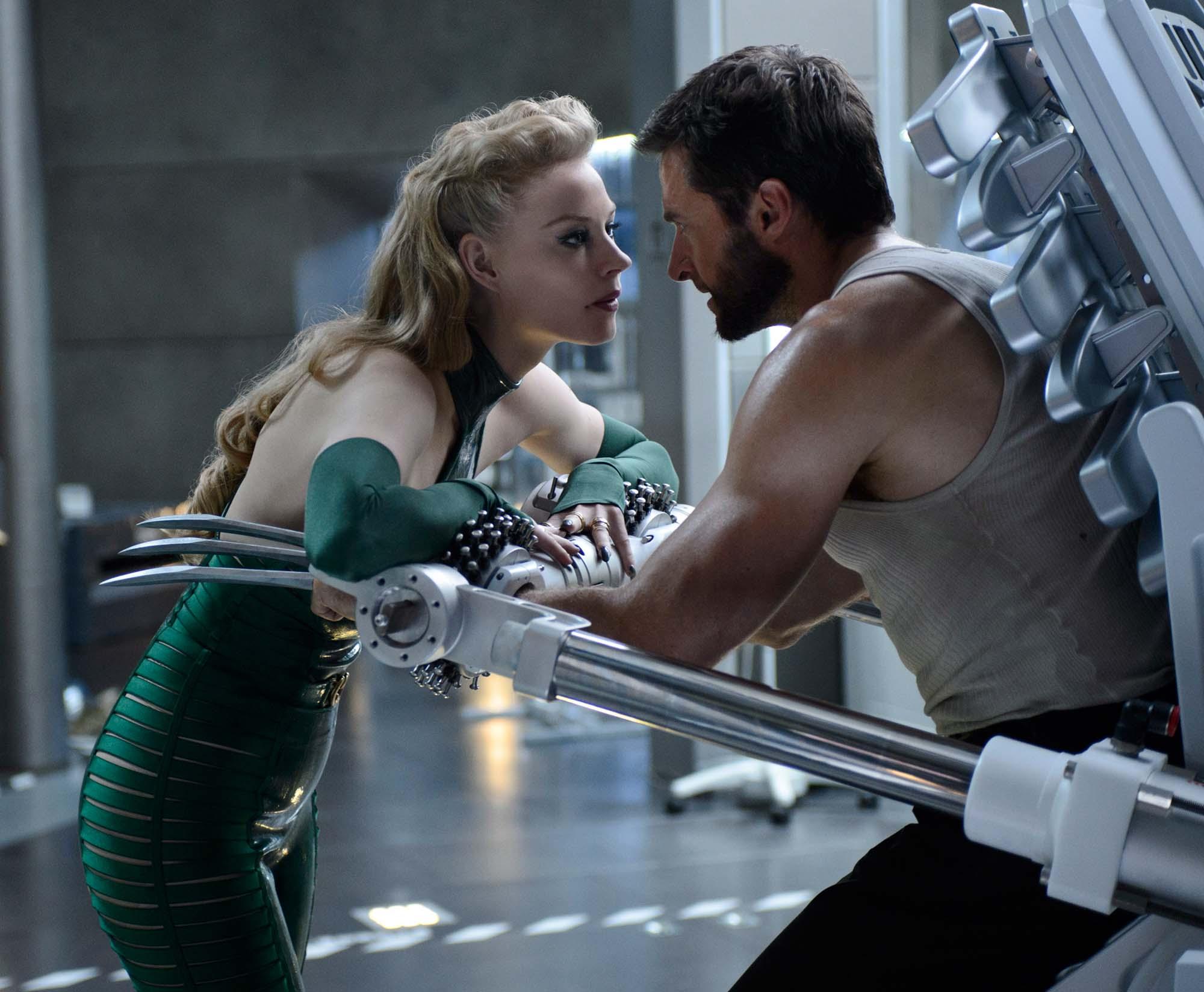 The Wolverine 2013: The Wolverine 15 -Viper Svetlana Khodchenkova And Hugh
