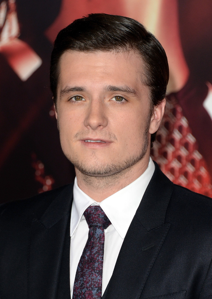 Catching Fire premiere - Josh Hutcherson - blackfilm.com ...