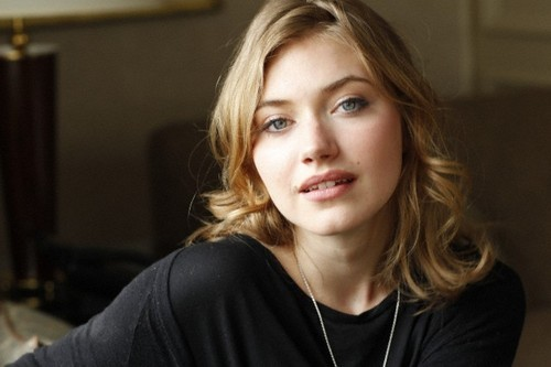 Director Tom Gormican and Imogen Poots talk That Awkward ...