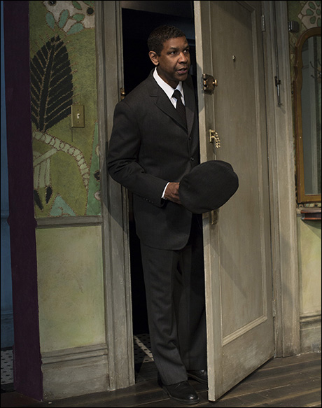 racism raisin sun Racism in a raisin in the sun -eric brown in lynn m domina's critical analysis of elaine hansberry's a raisin in the sun, domina argues that the character of mama makes economic decisions based solely on her.