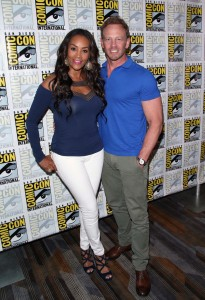 Vivica A. Fox and Ian Ziering