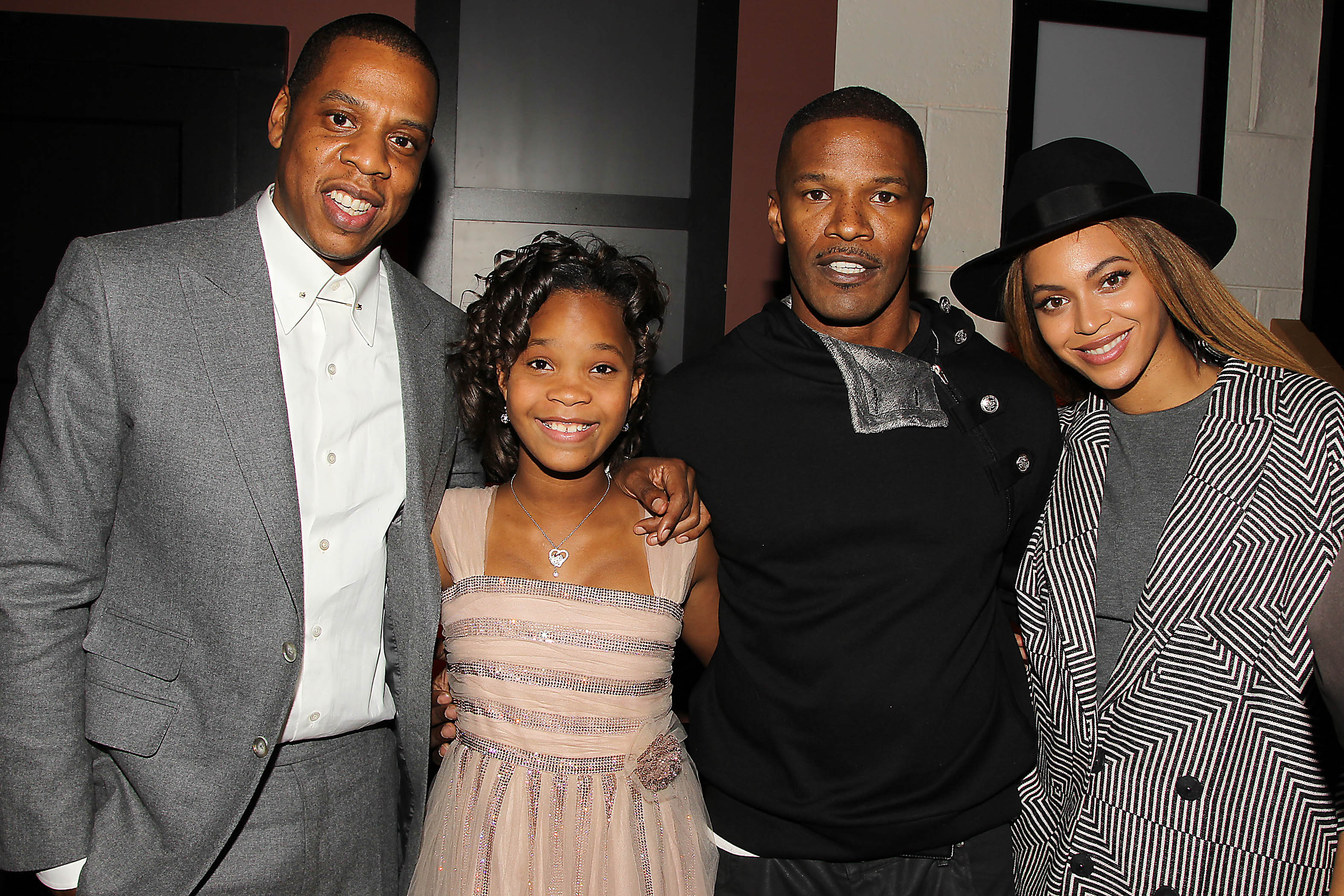 Photo of Quvenzhané Wallis & her friend actor  Jamie Foxx - Annie