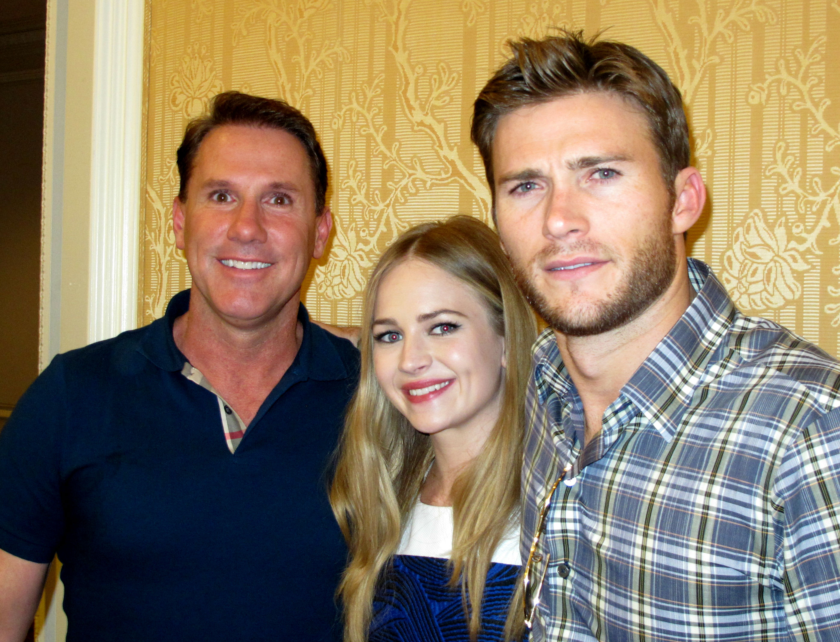 Britt Robertson and scott eastwood interview