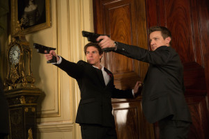 Mission Impossible – Rogue Nation 11 Tom Cruise and Jeremy Renner