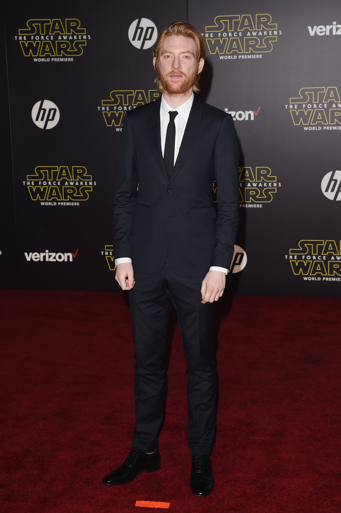 Star Wars The Force Awakens Premiere - Domhnall Gleeson 2 ...