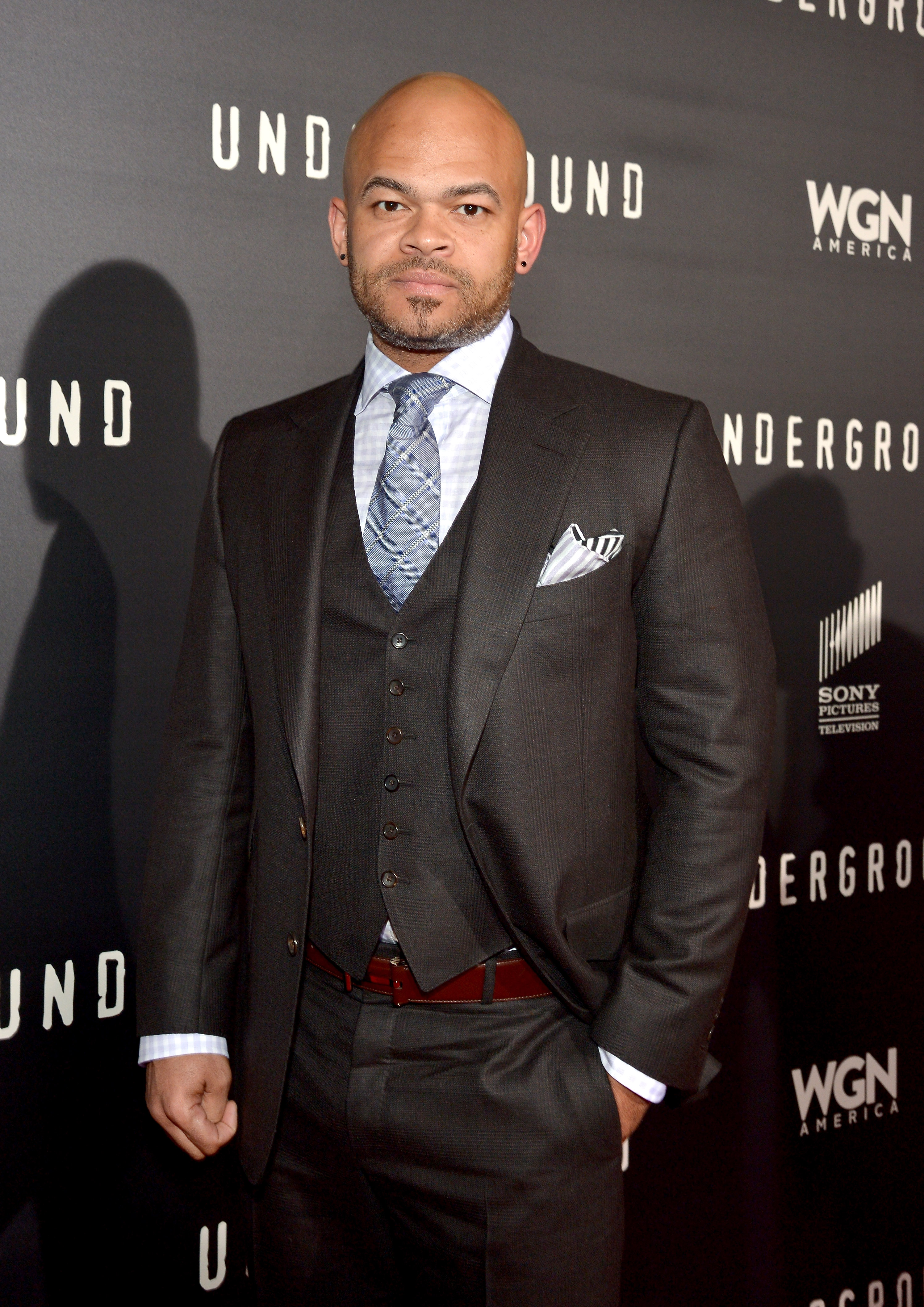 anthony hemingway related to ernest