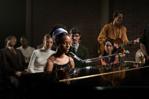 Nina film - Zoe Saldana as Nina Simone on piano