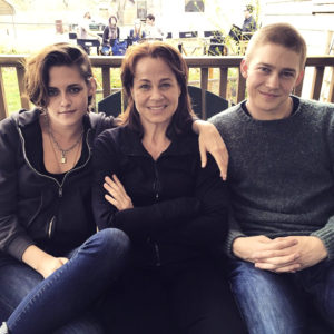 Billy Lynn's Long Halftime Walk - Kristen Stewart, Deirdre Lovejoy and Joe Alywn Lands