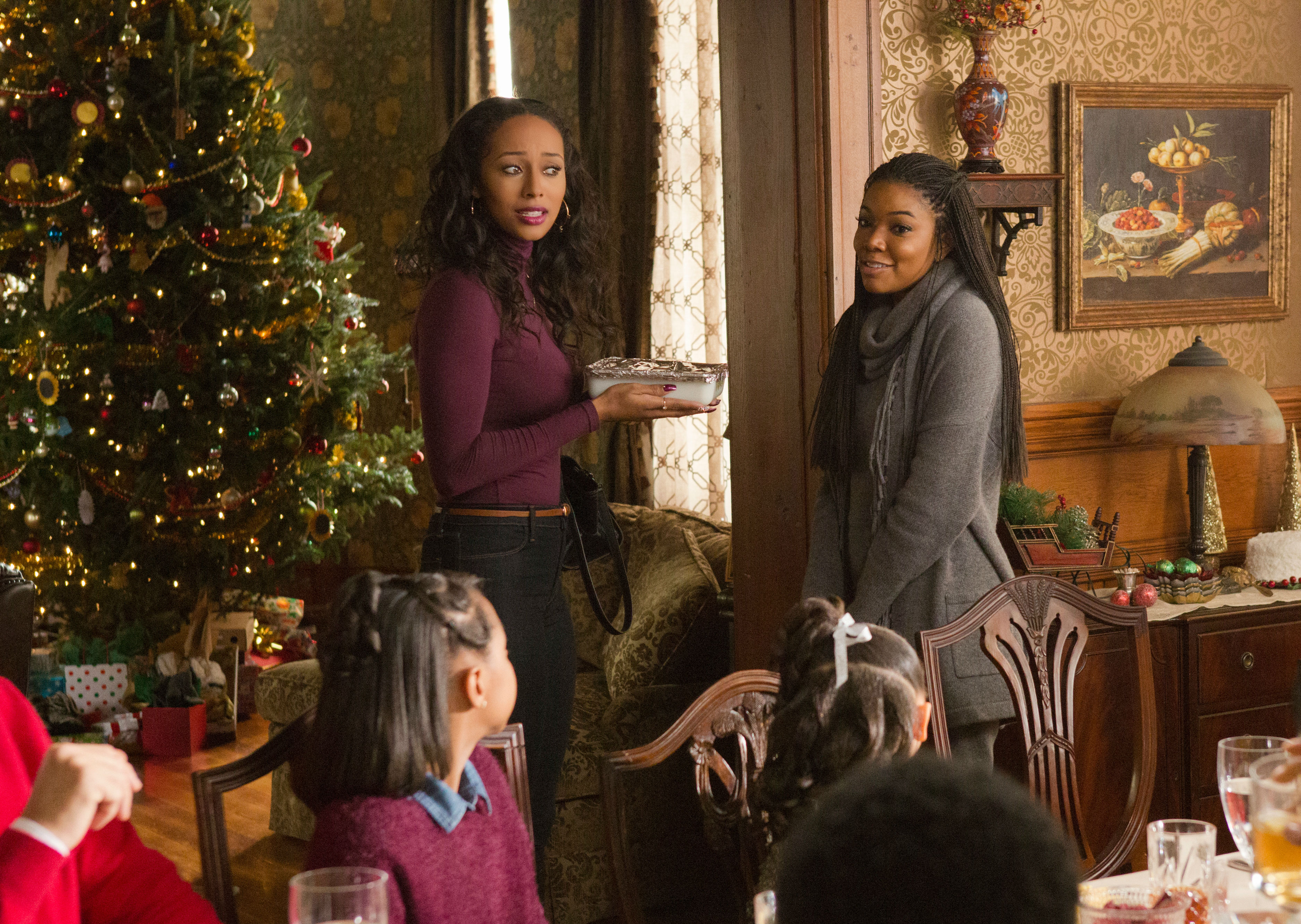 almost-christmas-keri-hilson-and-gabrielle-union