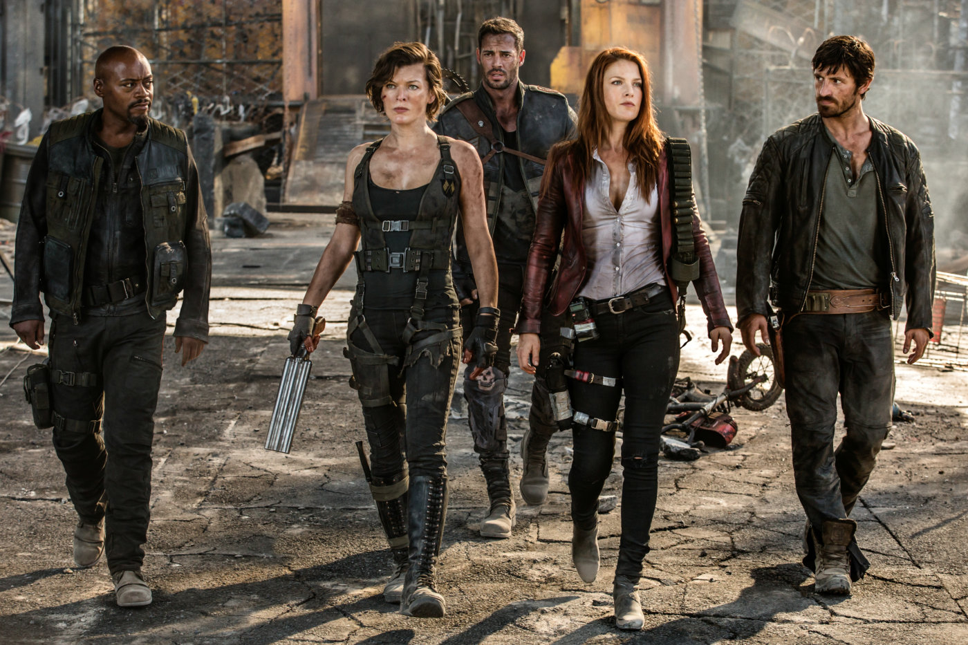 New Pics To Resident Evil The Final Chapter Blackfilm Com