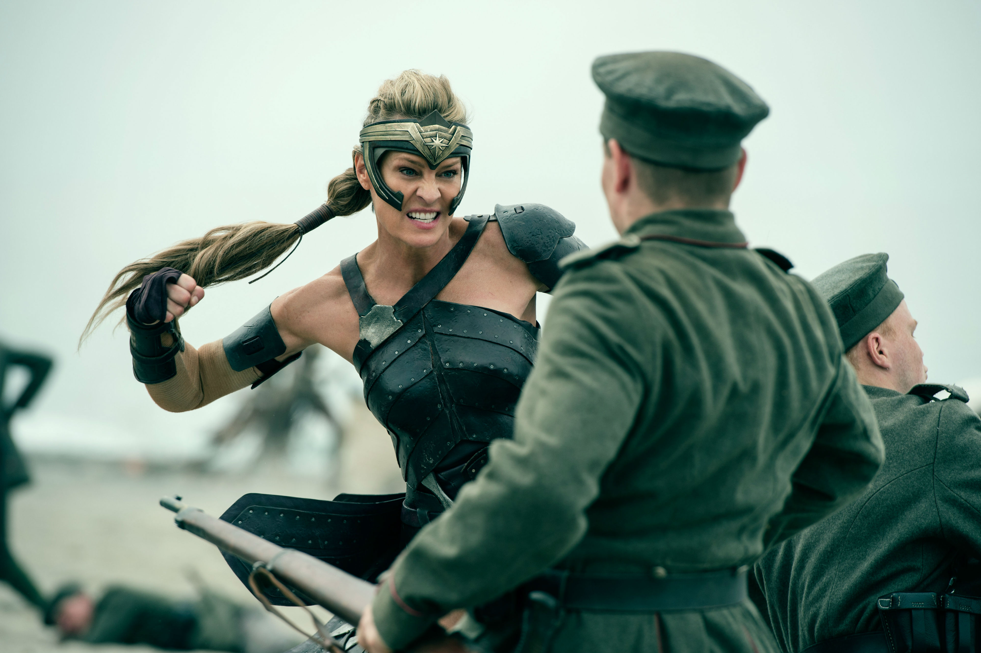 Wonder Woman 53 Robin ... Penelope Cruz Israel