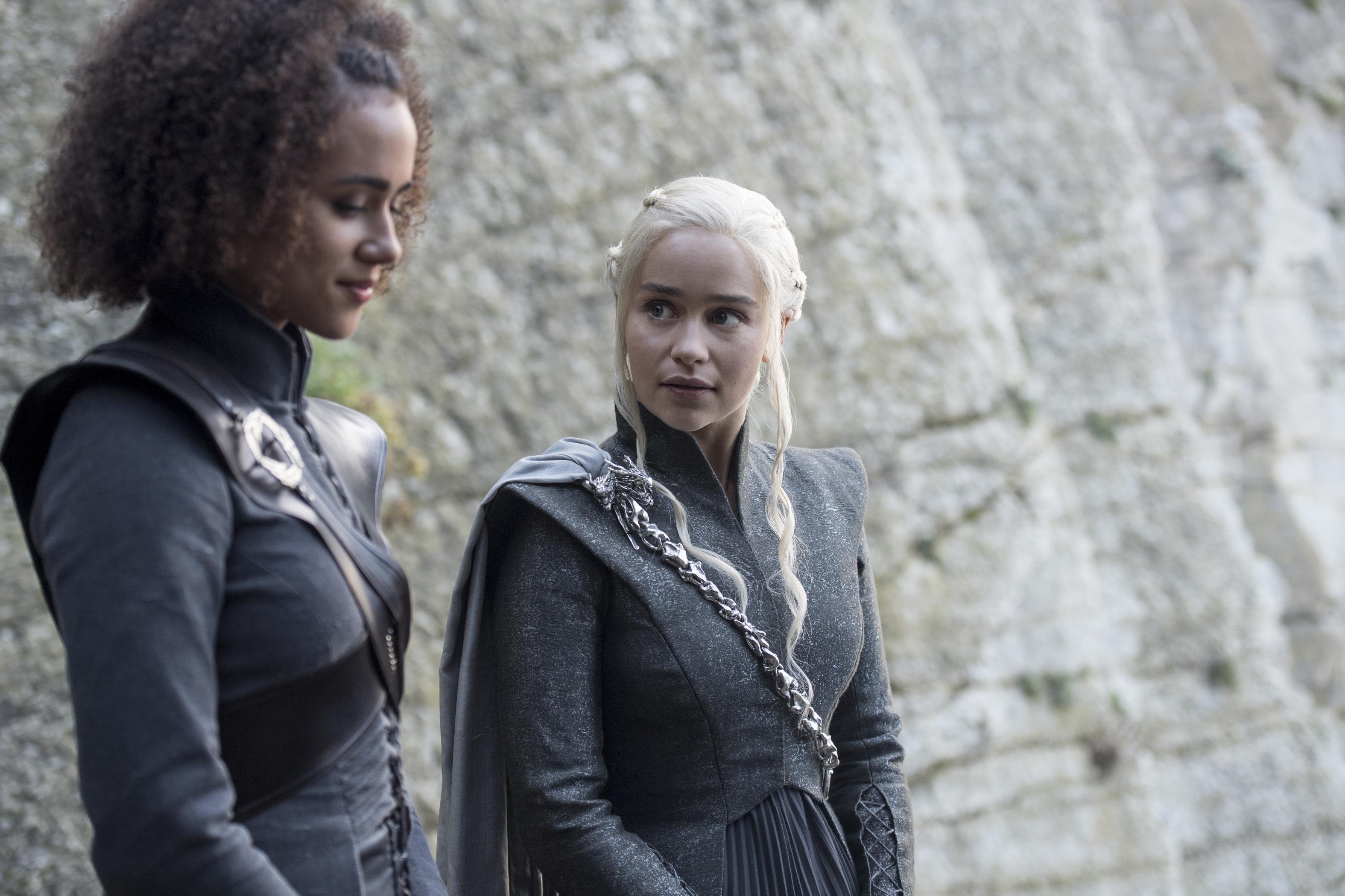 Got s7 ep4 nathalie emmanuel as missandei and emilia for Daenerys jewelry season 7