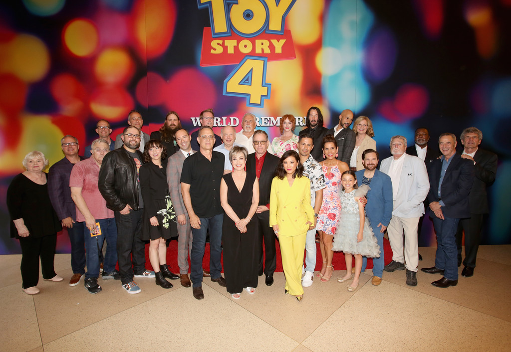 Tom Hanks, Tim Allen & The Cast Talk 'Toy Story 4' From ...